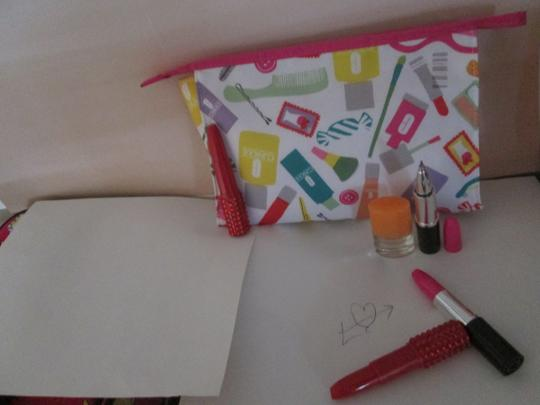 Clinique Clinique Happy Fragrance with Large cosmetic bag Writing pens 6 pc. Image 10