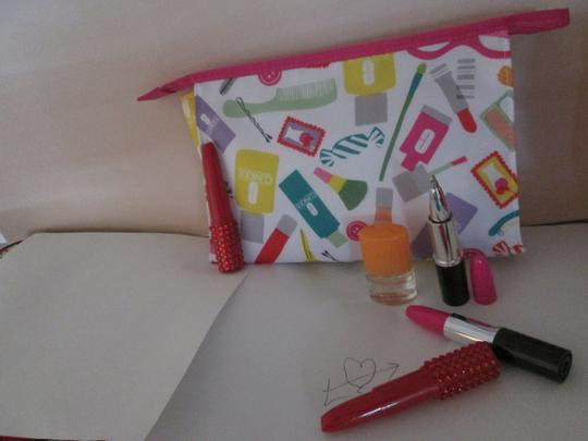 Clinique Clinique Happy Fragrance with Large cosmetic bag Writing pens 6 pc. Image 2