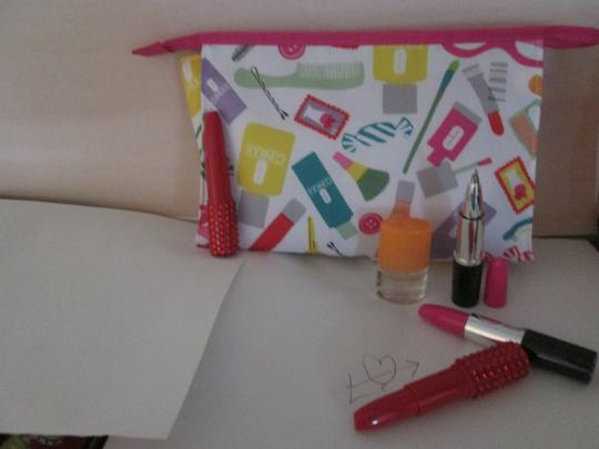 Clinique Clinique Happy Fragrance with Large cosmetic bag Writing pens 6 pc. Image 3