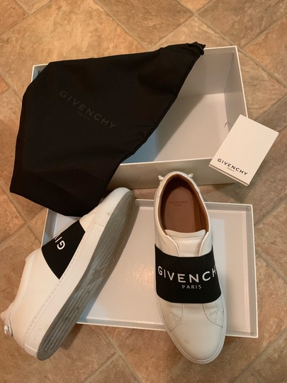 Givenchy BW Athletic Image 2