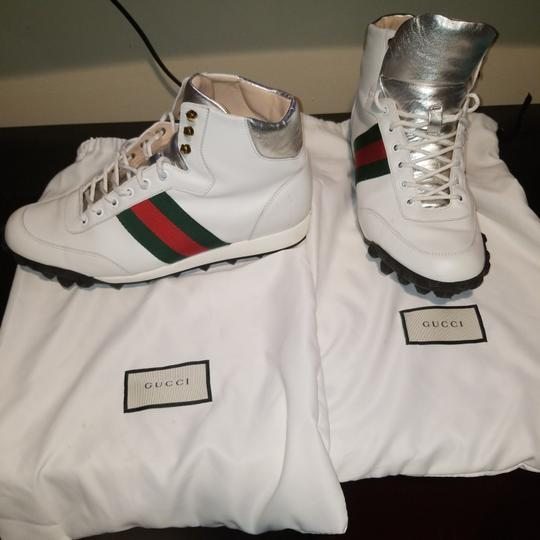 Preload https://item4.tradesy.com/images/gucci-white-mens-sneakers-size-us-8-regular-m-b-25671748-0-0.jpg?width=440&height=440