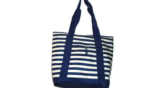 Unbranded Weekend Shopper Beach Tote in Blue White Stripe Image 4