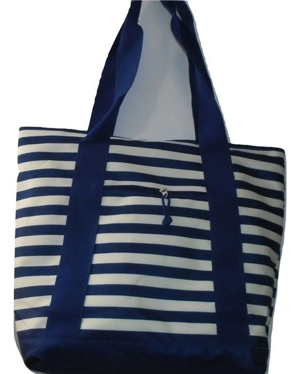 Unbranded Weekend Shopper Beach Tote in Blue White Stripe Image 5