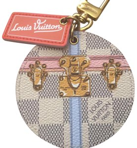 Louis Vuitton Summer Trunks Illustre Bag Charm