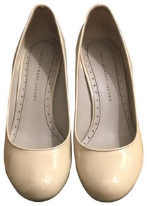 Marc by Marc Jacobs Nude Pumps