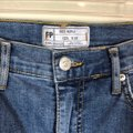 Free People Blue Distressed High-rise Busted Knee Skinnies Skinny Jeans Size 8 (M, 29, 30) Free People Blue Distressed High-rise Busted Knee Skinnies Skinny Jeans Size 8 (M, 29, 30) Image 4