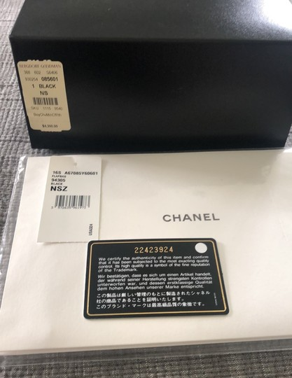 Chanel Cross Body Bag Image 8