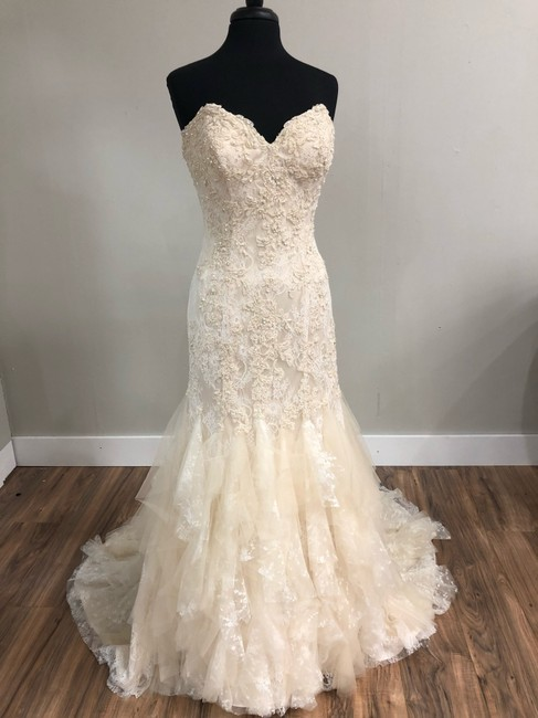 Mori Lee Light Gold Lace 2772 Traditional Wedding Dress Size 8 (M) Mori Lee Light Gold Lace 2772 Traditional Wedding Dress Size 8 (M) Image 1