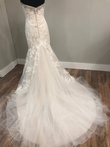 Mori Lee Light Gold/Silver Lace and Tulle 2804 Traditional Wedding Dress Size 10 (M)