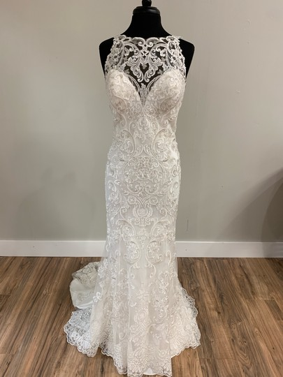Preload https://img-static.tradesy.com/item/25676216/mori-lee-ivory-tulle-and-lace-traditional-wedding-dress-size-12-l-0-0-540-540.jpg