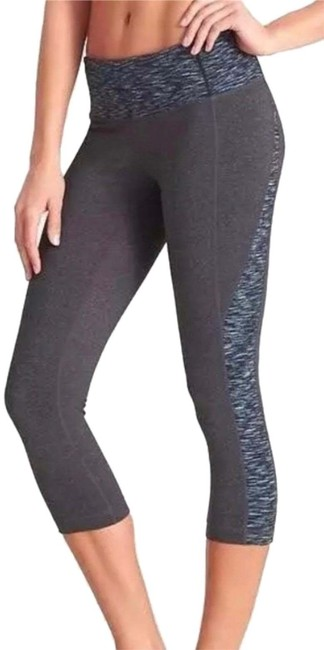 Item - Gray Blue Heathered Capri Stretcht Powrluxe Pilayo Activewear Bottoms Size 6 (S, 28)