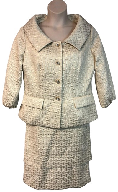 Item - Gold Embossed Poly Cotton Skirt Suit Size 14 (L)
