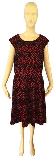 Item - Red and Black Mid-length Work/Office Dress Size 14 (L)