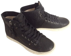 UGG Australia New With Tags Sale Leather Black Athletic