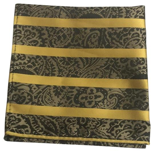 Preload https://img-static.tradesy.com/item/25679389/gold-and-black-and-stripes-with-paisley-detail-square-0-3-540-540.jpg