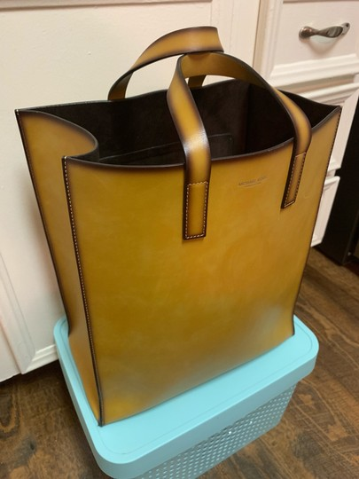 Michael Kors Collection Tote in Luggage Image 1