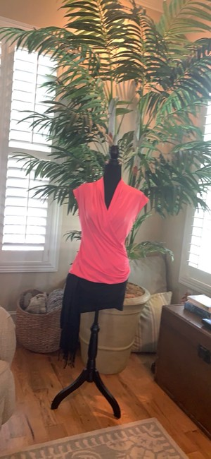 Vince Camuto Top pink Image 1