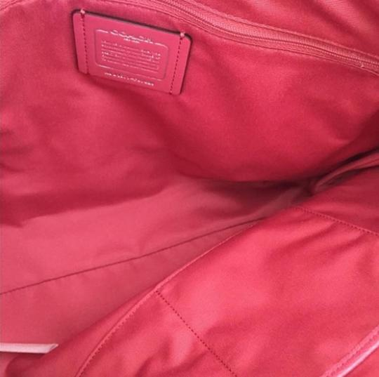 Coach Tote in pink Image 9