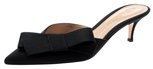 Preload https://img-static.tradesy.com/item/25679841/gianvito-rossi-black-canvas-kyoto-bow-detail-pointed-toe-mules-sandals-size-eu-365-approx-us-65-regu-0-1-540-540.jpg