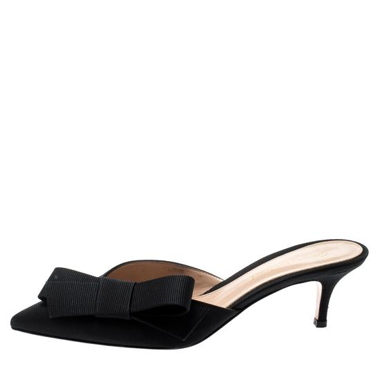 Gianvito Rossi Pointed Toe Leather Black Sandals Image 1
