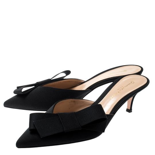 Gianvito Rossi Pointed Toe Leather Black Sandals Image 2