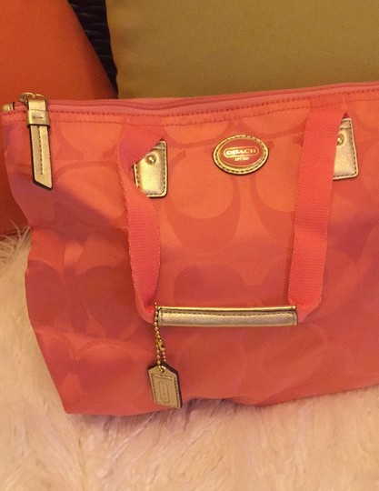 Coach coral with gold Travel Bag Image 1