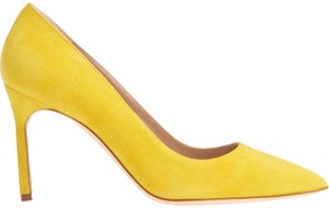 Manolo Blahnik Pointed Toe Bb LEMON YELLOW SUEDE Pumps