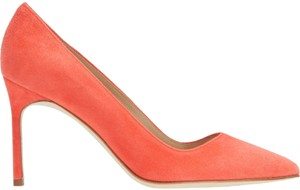 Manolo Blahnik Pointed Toe Bb CORAL PINK SUEDE Pumps