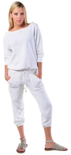 Preload https://img-static.tradesy.com/item/25681723/juicy-couture-white-terry-dolman-sleeve-romperjumpsuit-0-3-650-650.jpg