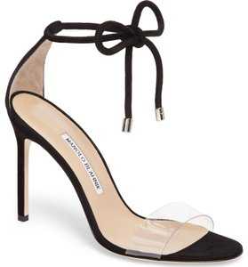b8f4ee5d333ee Black Manolo Blahnik Pumps Up to 90% off at Tradesy