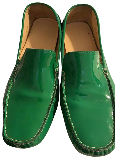 Item - Kelly Green Patent Leather Loafers Flats Size US 10 Regular (M, B)