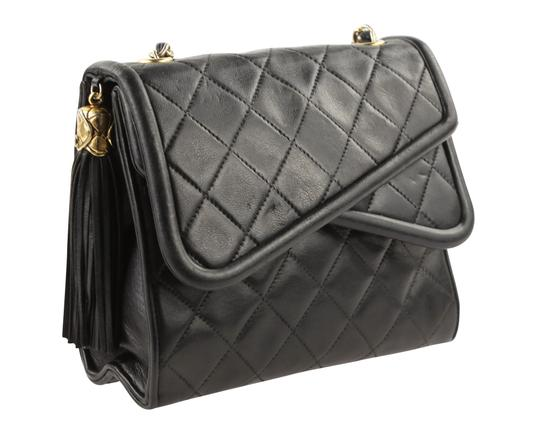 Chanel Crossbody Lambskin Shoulder Bag Image 1