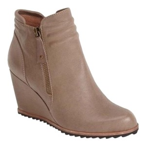 Biala Taupe Boots