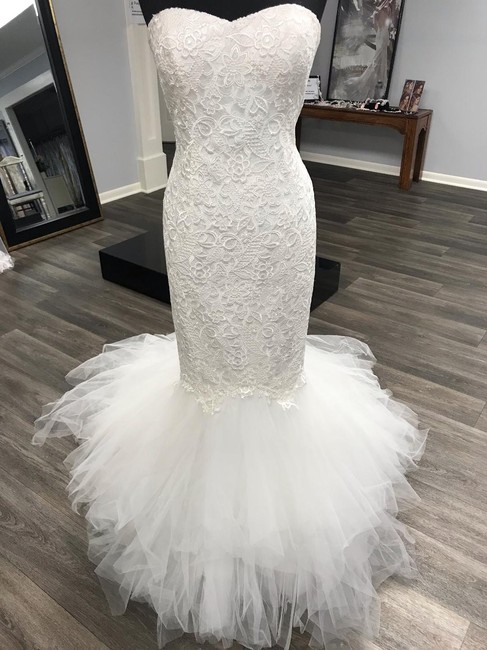 Item - Ivory Lace with Tulle At Bottom 2129 Sexy Wedding Dress Size 10 (M)