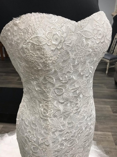 Casablanca Ivory Lace with Tulle At Bottom 2129 Sexy Wedding Dress Size 10 (M) Image 1