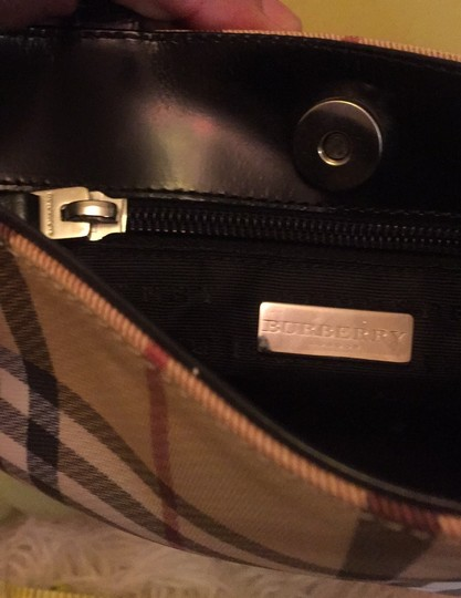 Burberry Tote in black leather Image 6