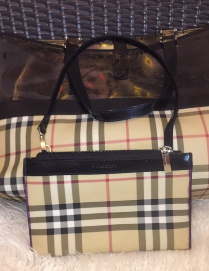 Burberry Tote in black Image 12