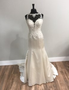 Stella York Ivory/Silver/Oyster 6473 Traditional Wedding Dress Size 12 (L)