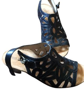 Josef Seibel black Platforms
