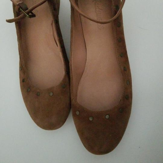 Madewell camel nubuck leather ballerina with ankle closing Formal Image 5