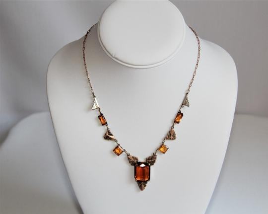 CZECH AMBER Vintage Art Deco Style Czech Amber Glass and Stamped Brass Necklace. Image 5
