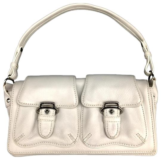 Preload https://img-static.tradesy.com/item/25685052/cole-haan-shoulder-bag-w-small-w-silver-hardware-white-leather-baguette-0-1-540-540.jpg