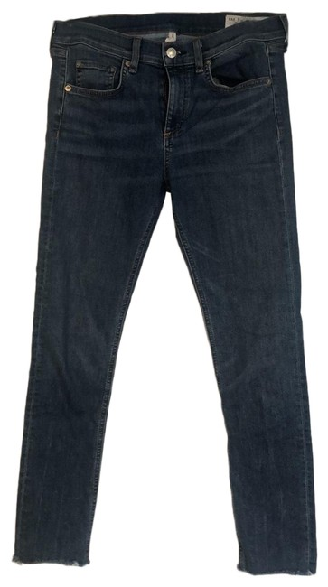 Preload https://img-static.tradesy.com/item/25685103/rag-and-bone-medium-wash-ankle-skinny-in-lucky-rouge-capricropped-jeans-size-6-s-28-0-1-650-650.jpg