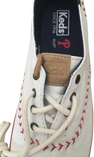 Item - White with Red and Blue Trim Converse Major League Baseball Tennis Sneakers Size US 9 Regular (M, B)