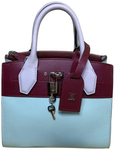 Louis Vuitton City Steamer Leather Tote in Mint