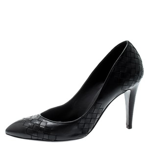 Bottega Veneta Leather Black Pumps