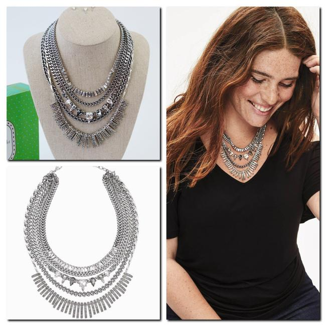 Stella & Dot Silver And Amelia Sparkle Statement Necklace Stella & Dot Silver And Amelia Sparkle Statement Necklace Image 1