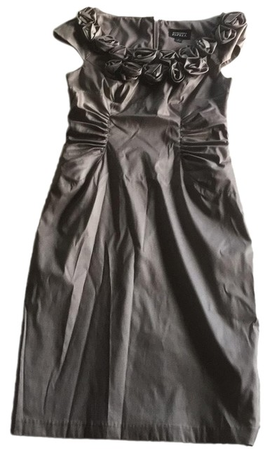 Item - Silver/Grey Mid-length Cocktail Dress Size 6 (S)