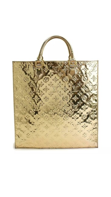 Louis Vuitton Sac Plat Handbag Rare Collectors Gold Monogram Mirior Miroir Mirror Pvc Patent Leather Limited Edition Tote Louis Vuitton Sac Plat Handbag Rare Collectors Gold Monogram Mirior Miroir Mirror Pvc Patent Leather Limited Edition Tote Image 1