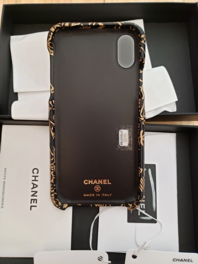 Chanel X, XS IPHONE, Phone Calfskin Leather Black & Gold Graphite Bumper Case Image 7